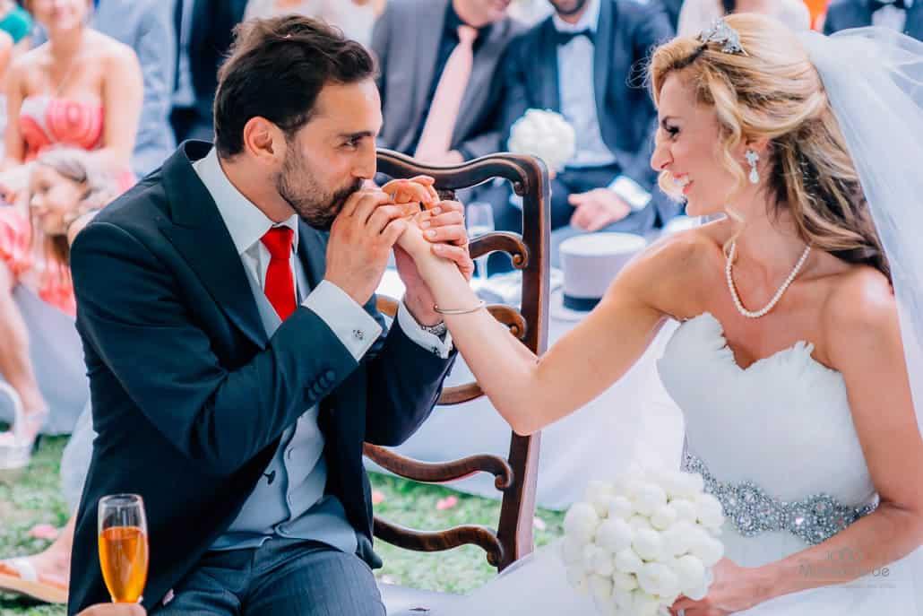 Persische Hochzeit Honig vom kleinen Finger